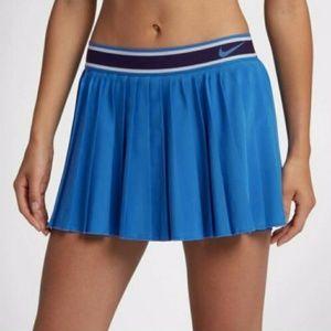 Nike court dri fit blue pleated skirt medium long